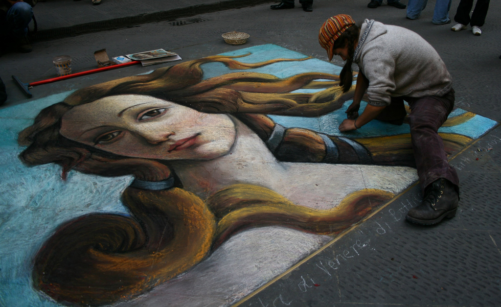 Stree art a Firenze: la Venere di Botticelli