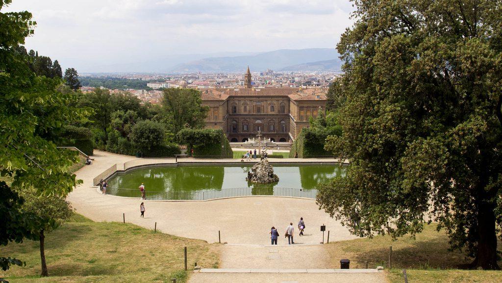 Giardino di Boboli, Firenze: bacino di Nettuno e Palazzo Pitti